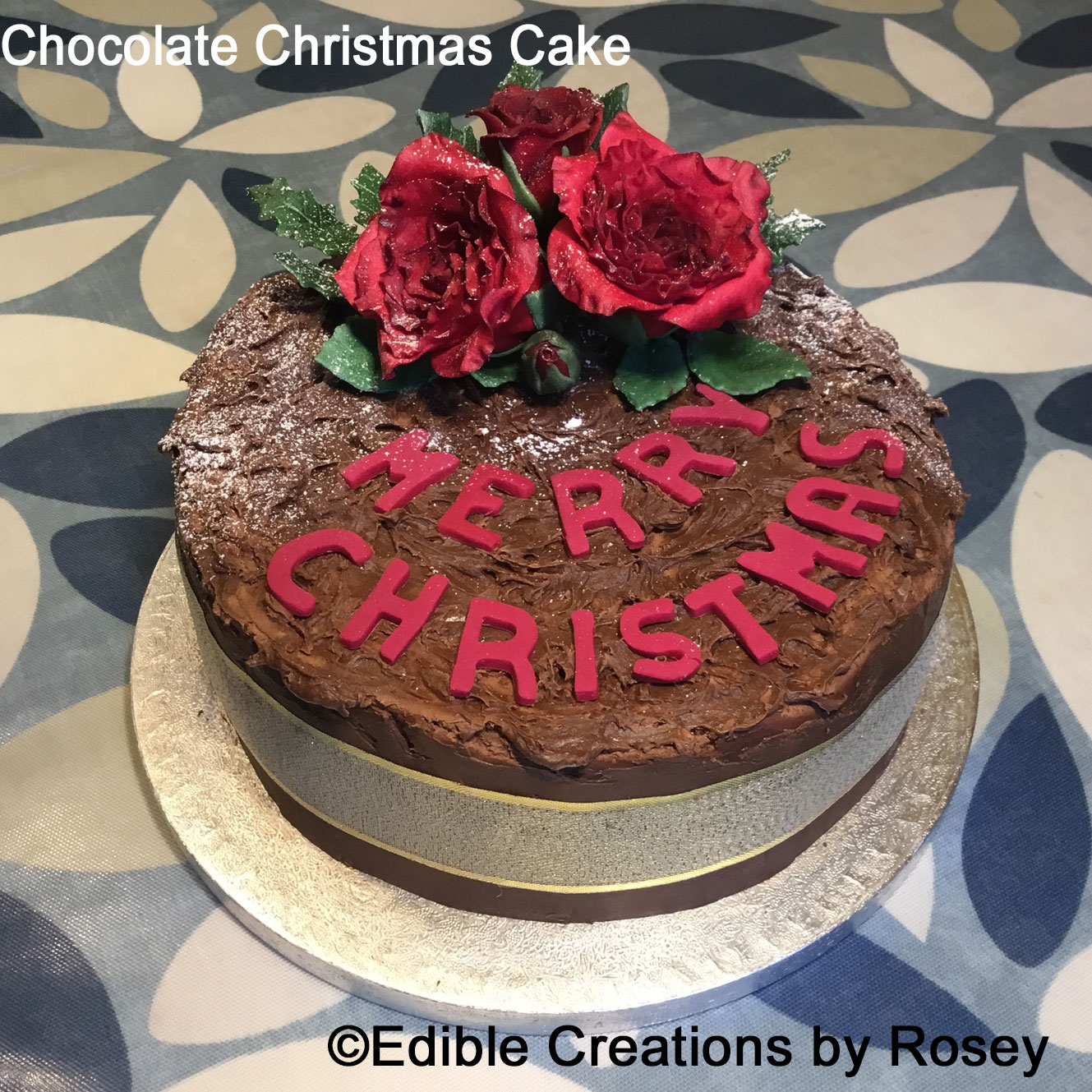 Chocolate and Roses Christmas Cake