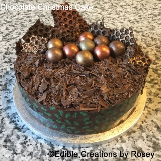 Chocolate Christmas Cake Spheres
