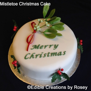 Mistletoe Christmas Cake