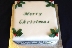 Holly Christmas Cake