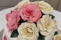 Pink and ivory roses