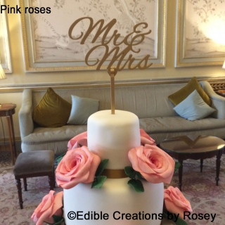 Pink roses with Mr & Mrs topper
